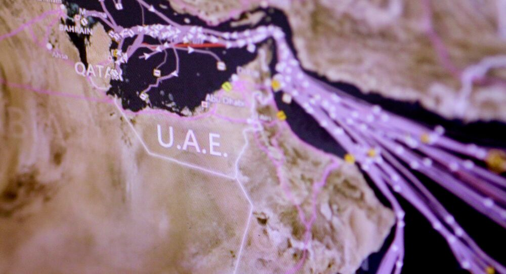 Des lignes maritimes des pétrolies venant près du Qatar, le 6 juin, 2017