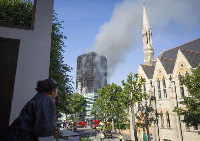 L'incendie dans un immeuble à Londres