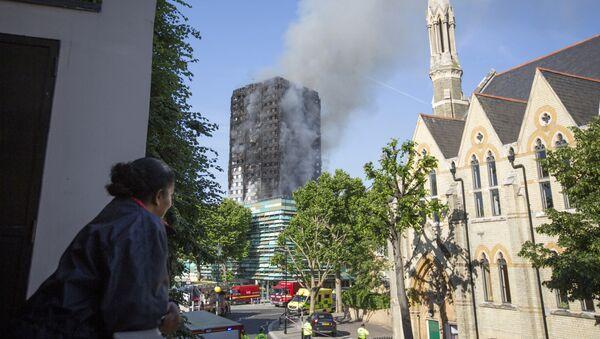 L'incendie dans un immeuble à Londres - Sputnik France