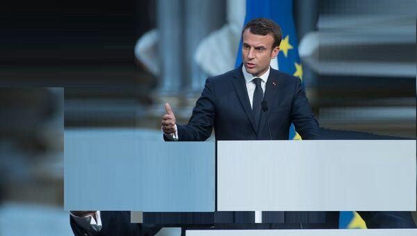 Macron - Sputnik France