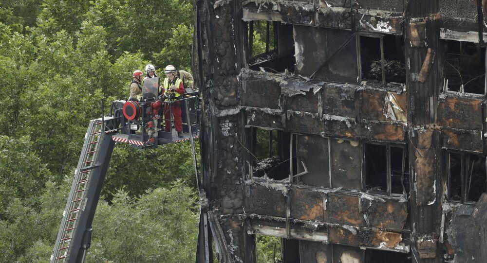 La tour d'habitation Grenfell Tower ravagée par un incendie