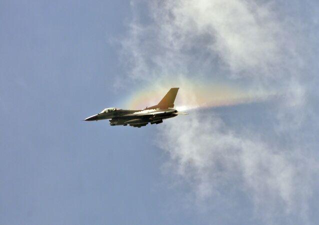un F-16 (image d'illustration)