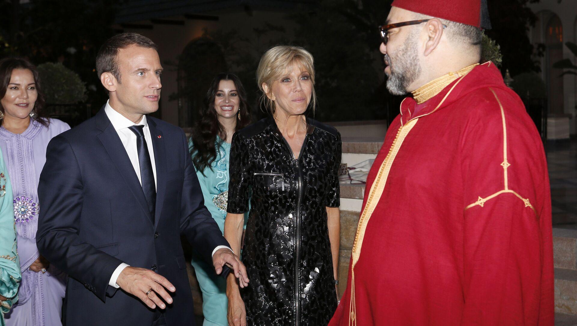 Emmanuel Macron et le Mohammed VI, lors d'une rencontre au Maroc  - Sputnik France, 1920, 14.09.2021