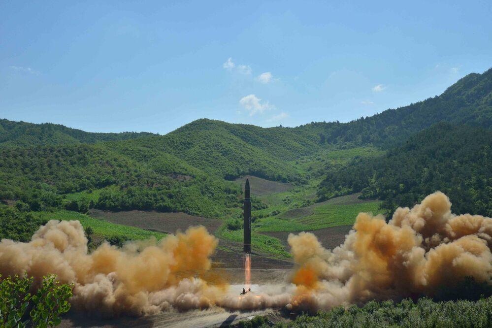 Le lancement d'un missile balistique par la Corée du Nord