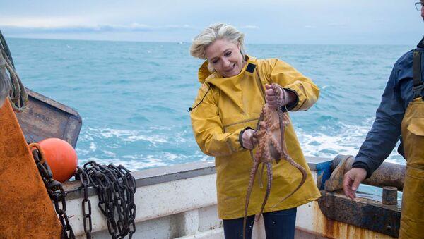 Les hommes politiques à la pêche - Sputnik France