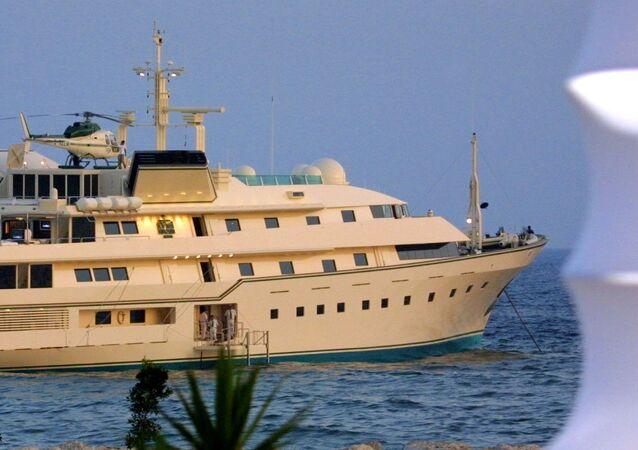Un yacht. Image d'illustration