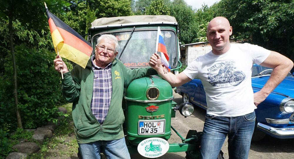 Jusqu'en Russie en tracteur: la folle épopée d'un retraité allemand