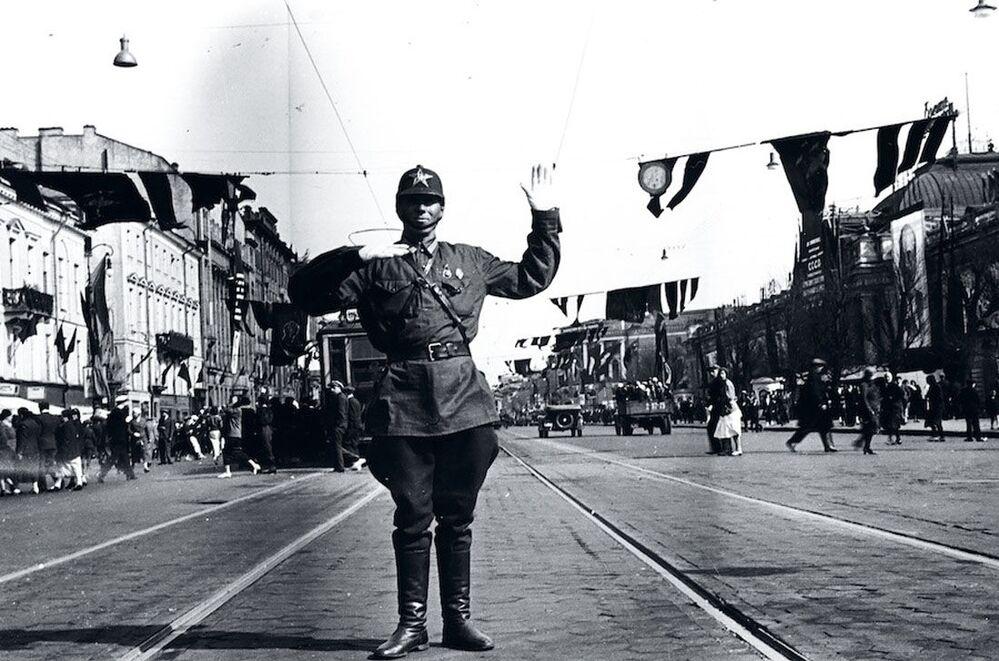 De Leningrad à Berlin: photos uniques des deux villes à la veille de la guerre
