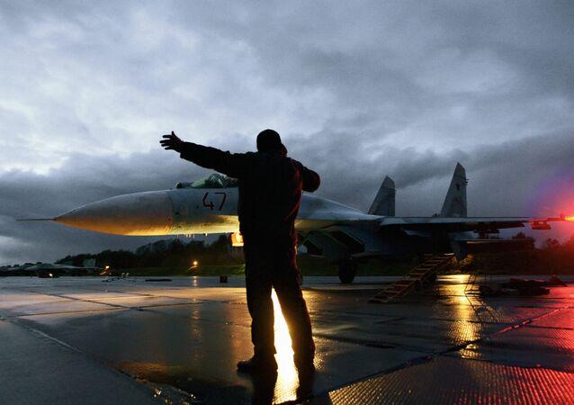 Su-27 sur le point de décoller