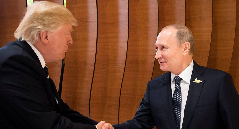 Rencontre Poutine-Trump au G20: la première poignée de main (vidéo)
