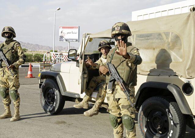 Militaires égyptiens dans le Sinai