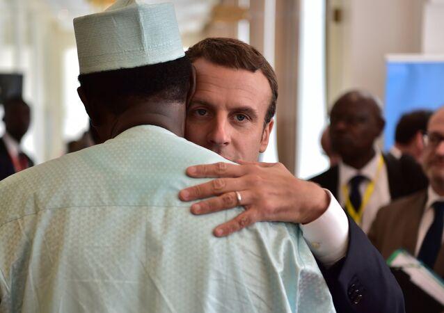 Emmanuel Macron et Idriss Déby lors d'un sommet du G5 Sahel, le 2 juillet 2017