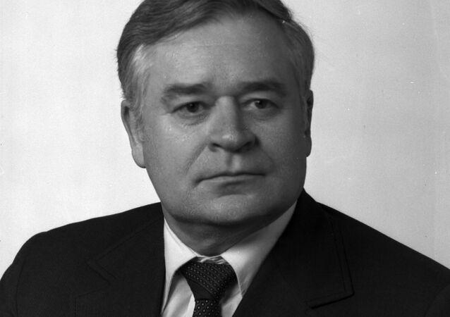 Ministre soviétique Piotr Plechakov