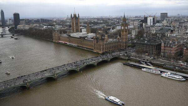 Le Palais de Westminster abritant les deux chambres du parlement britannique - Sputnik France