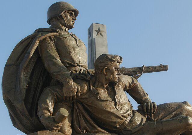 La Russie appelle l'Europe à lutter ensemble contre la résurgence du nazisme