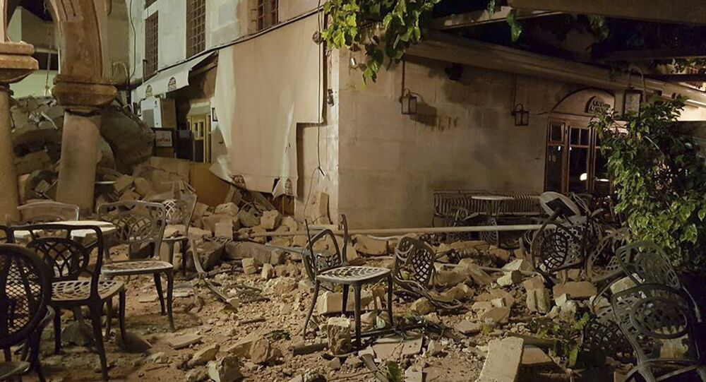 Séisme en mer Egée: des victimes parmi des touristes étrangers en Grèce
