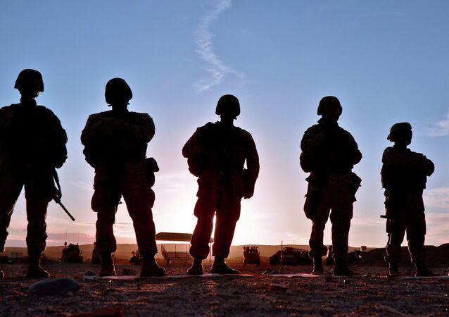 Le Pentagone lance une enquête sur la fuite de photos compromettantes de femmes Marines