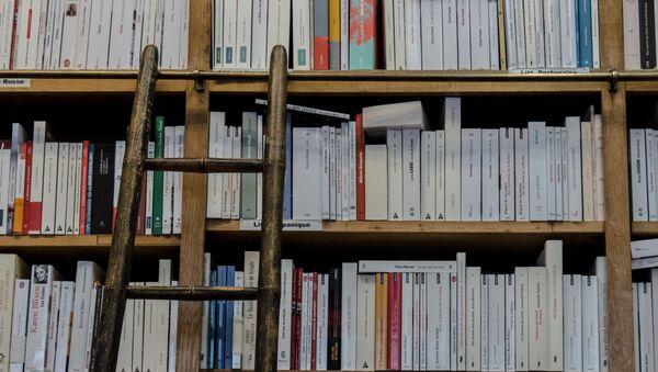 Une bibliothèque (image d'illustration) - Sputnik France
