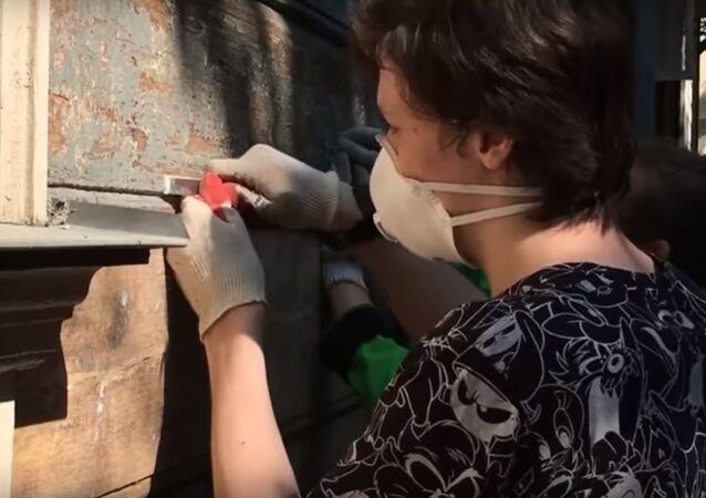 Les bénévoles francais de REMPART sont venus à Moscou restaurer des monuments