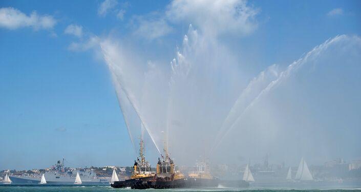 Parade navale à l'occasion du Jour de la marine russe à Sébastopol