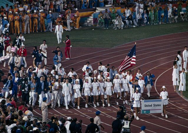 La cérémonie de clôture des JO 1984 de Los Angeles