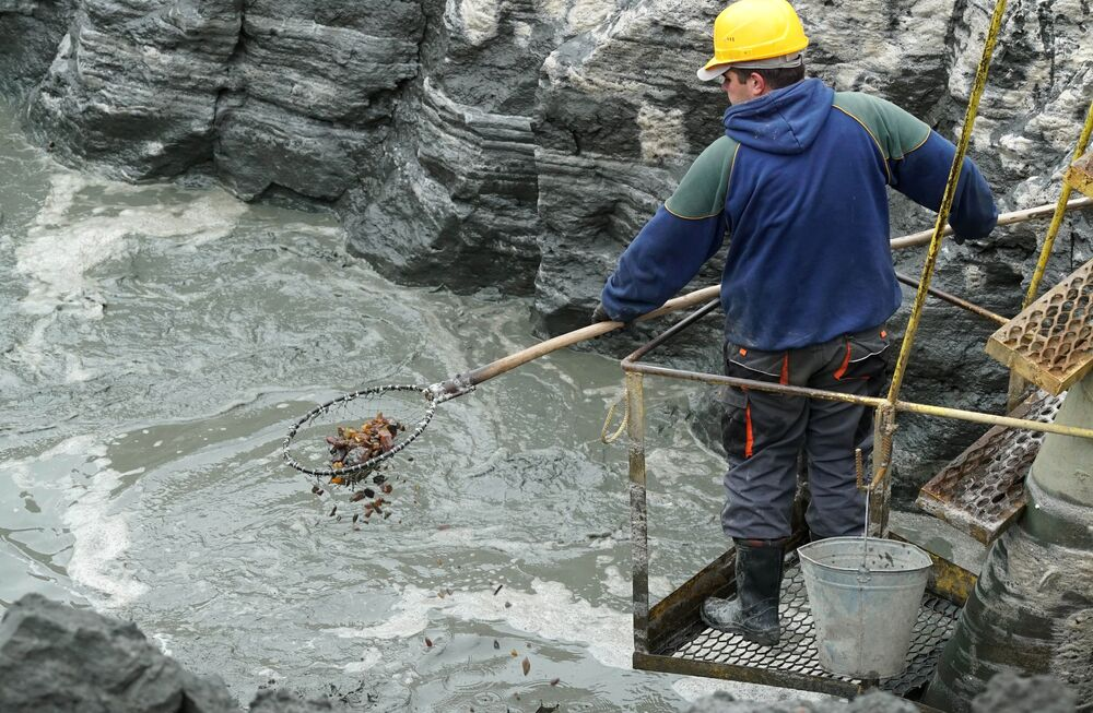 L'extraction de l'ambre dans la banlieue de Kaliningrad