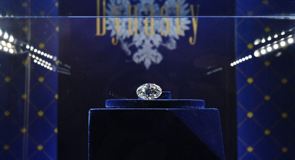 Le diamant Dynastie