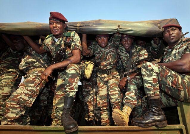 Soldats camerounais