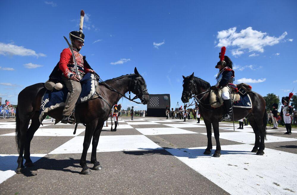 Historique partie d'échecs vivants à Borodino