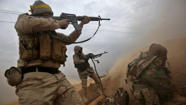 Les combattants des Hachd al-Chaabi au sud de la ville irakienne de Tal Afar - Sputnik France