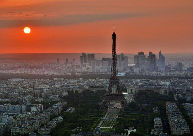 Il fait chaud à Paris...
