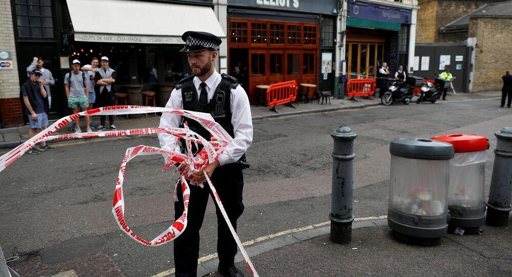 Une substance chimique non identifiée fait 3 blessés à Londres
