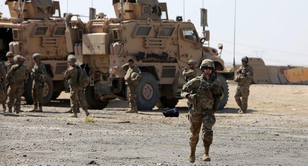 Un soldat américain près d'une base militaire aux alentours de Mossoul, Irak, en 2017
