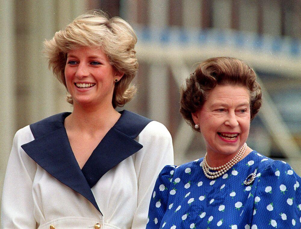 La princesse Diana et la reine Elisabeth II, 1987