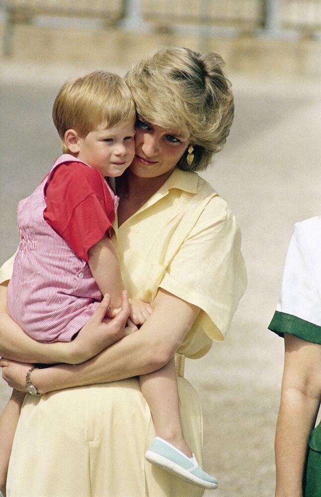La princesse Diana et le prince Harry en Espagne, 1987