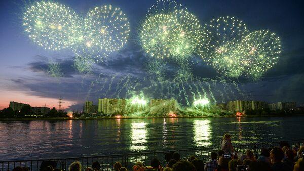 Le 2e Festival international des feux d'artifice Rostec à Moscou - Sputnik France