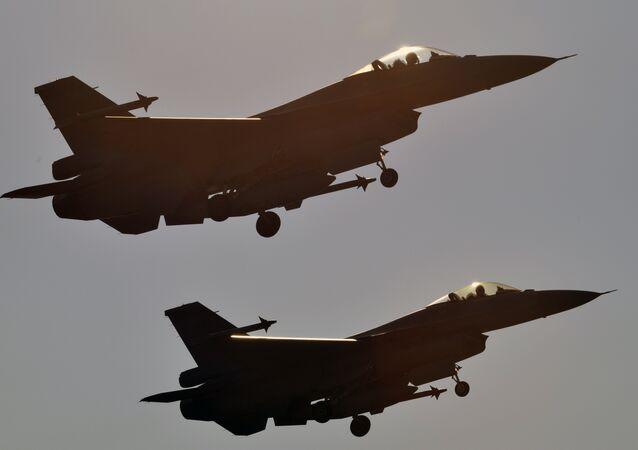Deux F-16 américains (image d'archives)