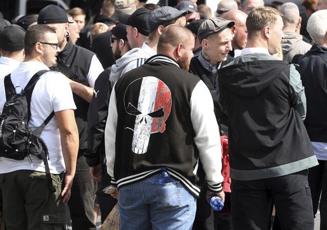 Des néonazis marchent à Berlin pour commémorer Rudolf Hess, proche d'Hitler