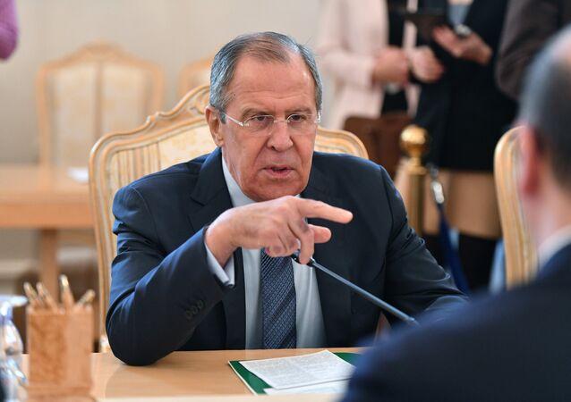 Moscou propose à ses partenaires de «réviser les cartes» militaires en Europe