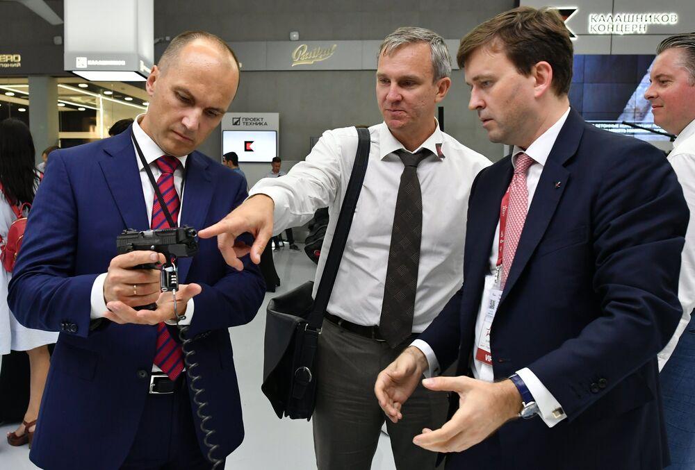 Les nouvelles inventions du consortium Kalachnikov au Forum international Armée 2017