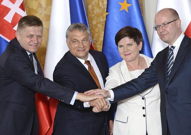 Robert Fico, Viktor Orban, Beata Szydlo et Bohuslav Sobotka