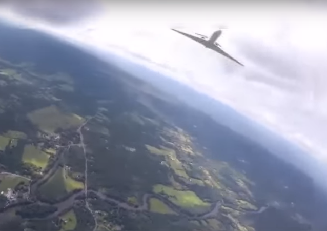 Close call between parachute and jet | Flyby under canopy