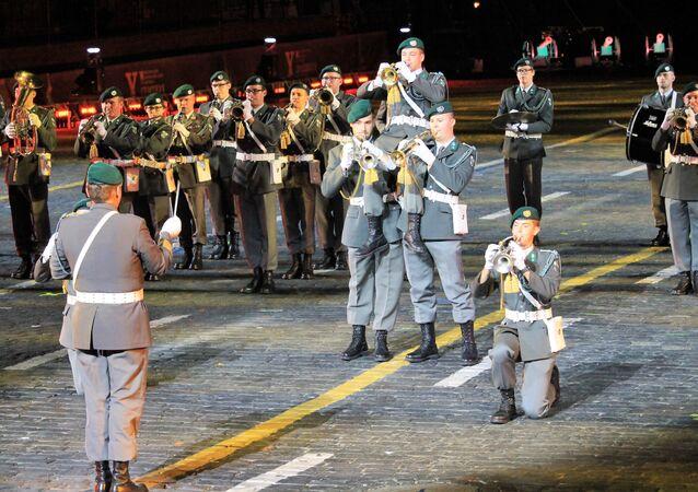 Des musiciens militaires autrichiens au festival Tour Spasskaïa