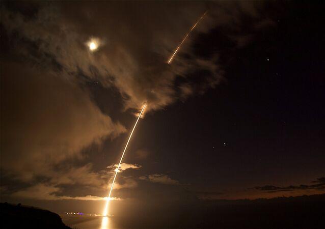 missile à moyenne portée