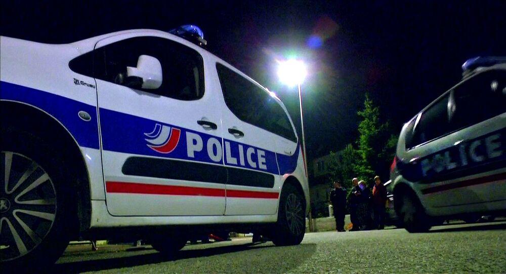 des policiers français, image d`illustration