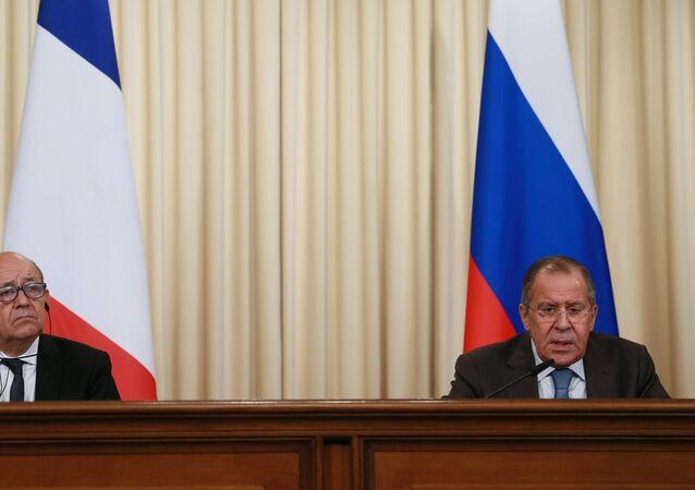 Sergueï Lavrov et Jean-Yves Le Drian