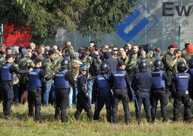 Saakachvili arrive en Ukraine: première bagarre à la frontière polonaise