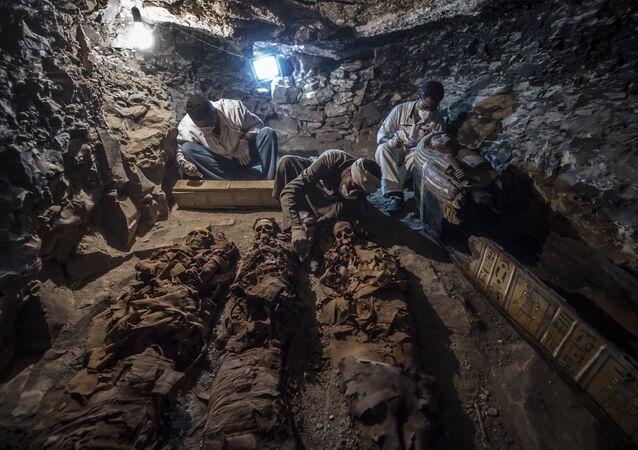 La tombe d'un orfèvre découverte en Egypte livre ses secrets