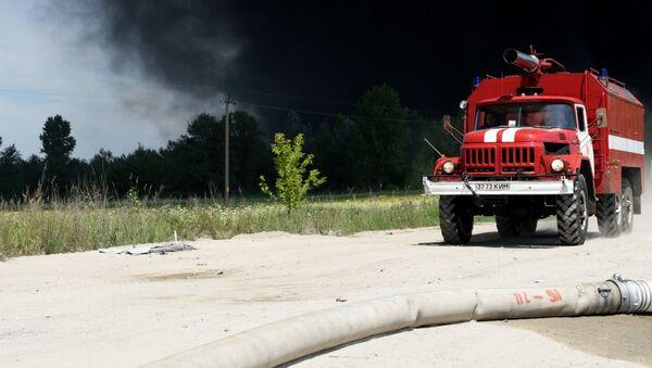 Un véhicule anti-incendie ukrainien - Sputnik France