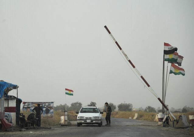 Un poste de contrôle à l'entrée d'un camp des forces du Kurdistan irakien (archive photo)